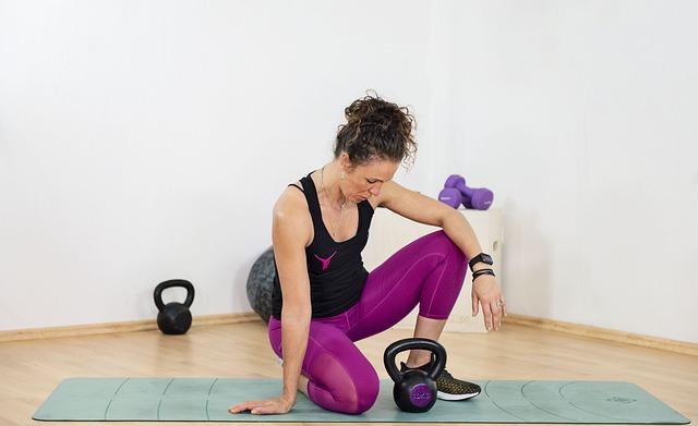 Fitness in casa: esercizi e consigli
